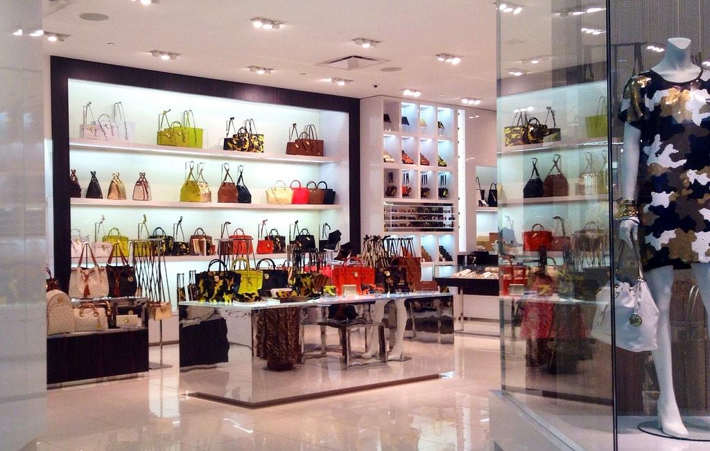 5ebb2e7221251 Onde comprar Bolsas em Orlando - Melhores Lojas