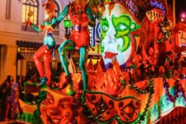 Mardi Gras Universal-min