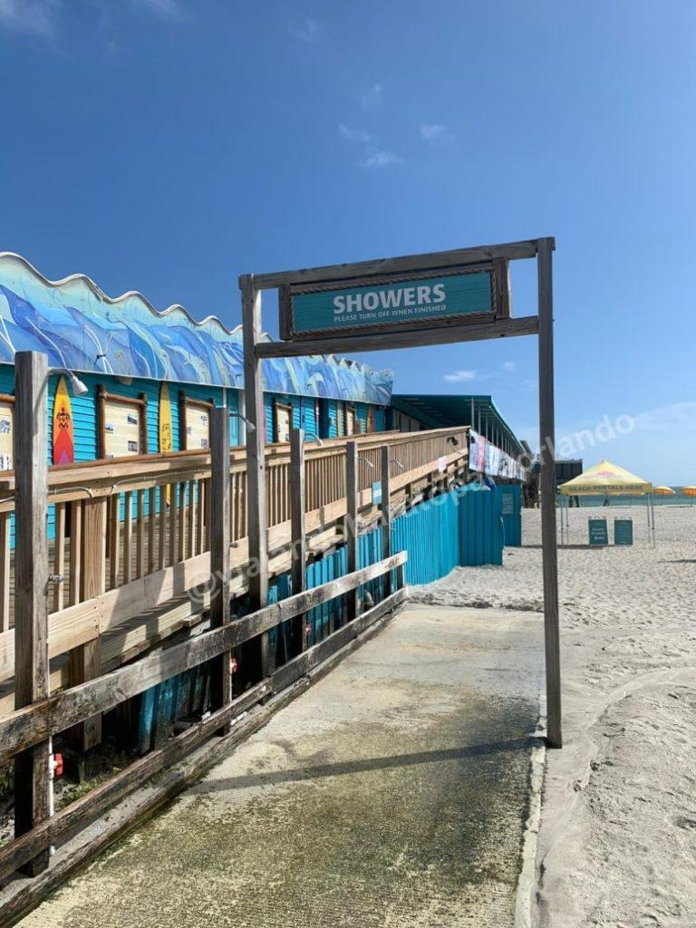 chuveiros em Cocoa Beach